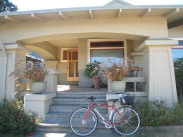 Alameda craftsman new backyard studio